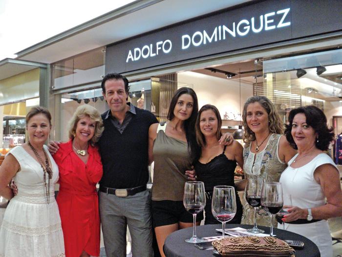 Dan bienvenida a adolfo dom nguez en kukulc n diario for Adolfo dominguez plaza americas xalapa