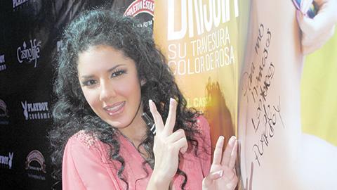 Brissia celebra con showcase su portada en Playboy