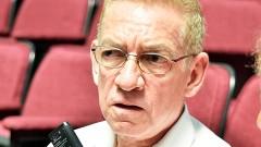 Si antes del mes de septiembre, que concluye sesiones este Congreso, no atienden esta demanda, presentaré un juicio de amparo ante la SCJN, dijo Roberto Guzmán.