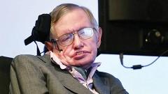 El científico Stephen Hawking reconoció que las formas primitivas de la inteligencia artificial desarrolladas hasta ahora han demostrado su utilidad.