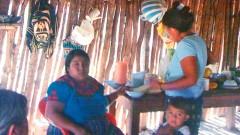 En las visitas a las poblaciones rurales, la construcción de refugios anticiclónicos ha sido una constante solicitud, que este mismo año será atendida, pero después de la temporada de huracanes.