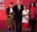 """Músicos de Oaxaca arman concierto en la """"mañanera"""""""